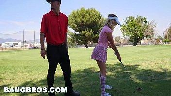 Putaria com a netinha no campo golf