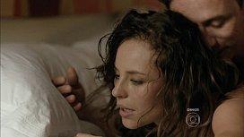 Paola Oliveira nua em cena de sexo quente na novela da globo