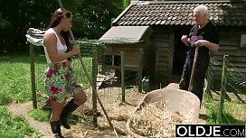Youporn netinha e vovô transando na fazenda