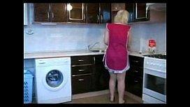 Xvideod Filho almoçando mãe peituda na cozinha