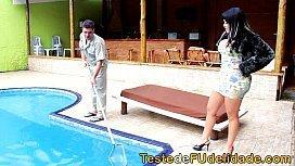 Xvideo limpador de piscina se dando bem com a patroa