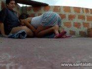 Novinha brasileira dando na laje