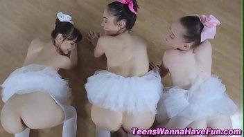 Sexo HD fodendo bailarinas novinhas inocentes