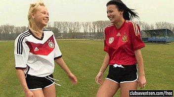 Não conto que vi duas jogadoras da Alemanha transando no campo depois do treino